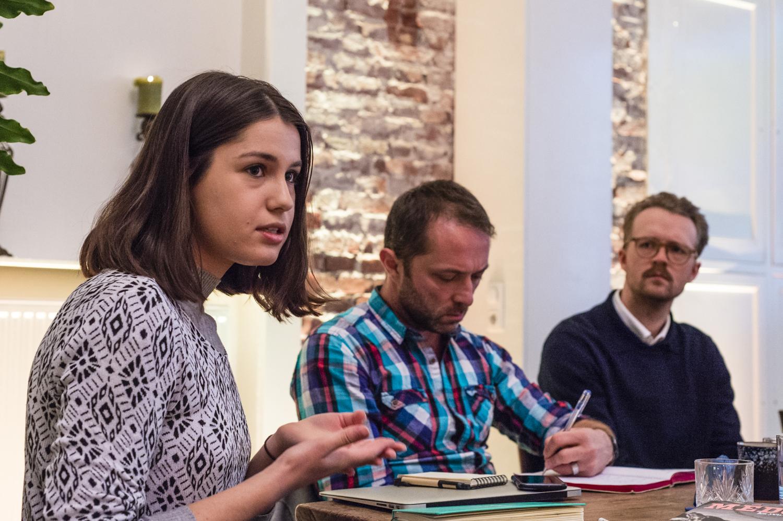 Catalina Albeanu at an Engaged Journalism Accelerator event