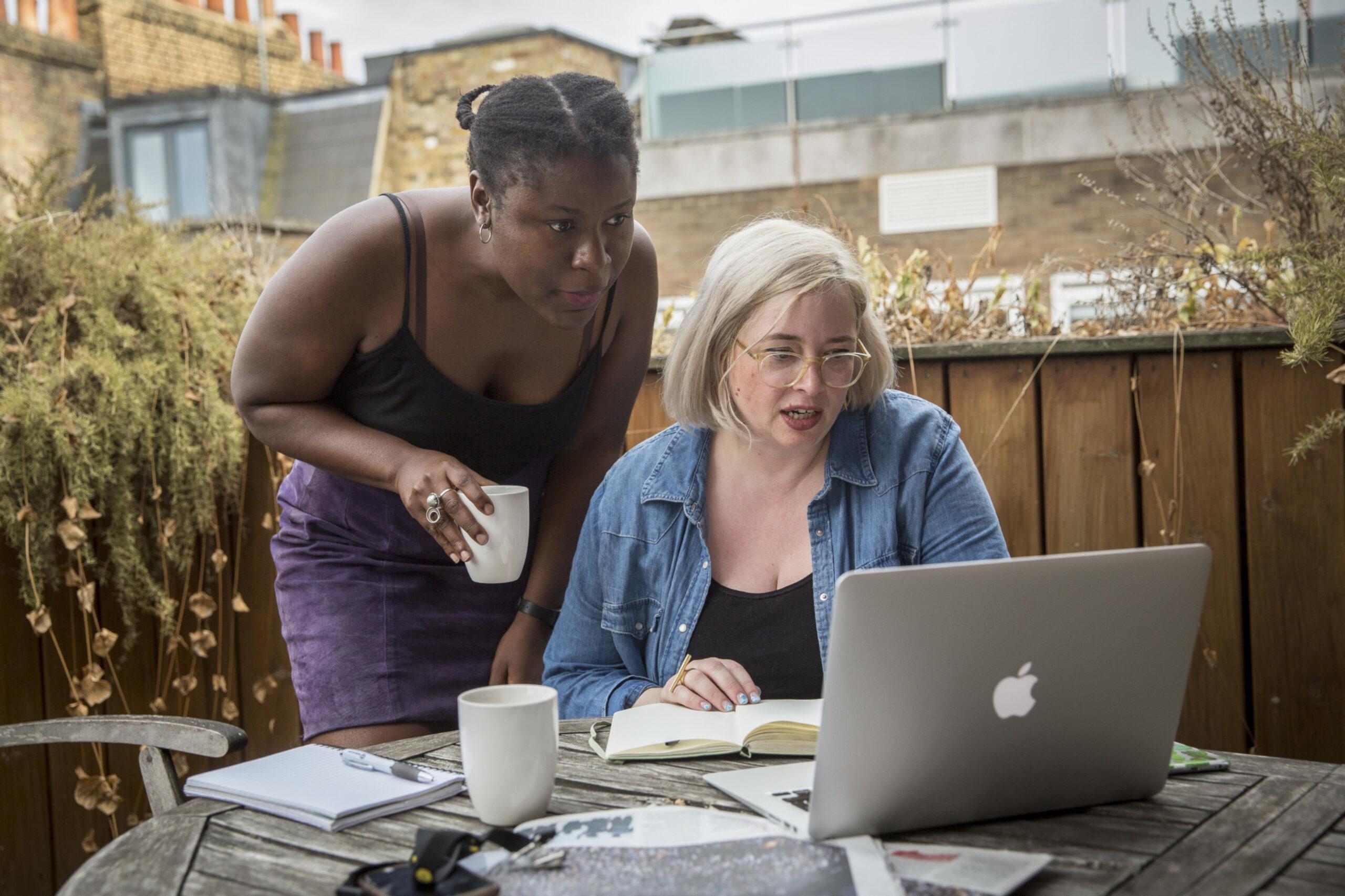Bureau Local community organisers, Eliza (now at The Correspondent) and Rachel